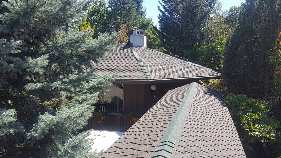 Roofing Contractor In Gramts Pass